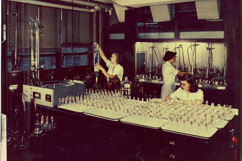 A steroid research laboratory in the mid-1950s.
