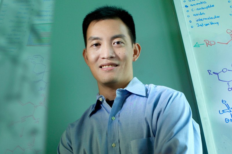 Derek Tan researches chemistry and chemical biology at MSK
