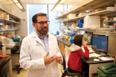 MSK physician­scientist Luis Diaz
